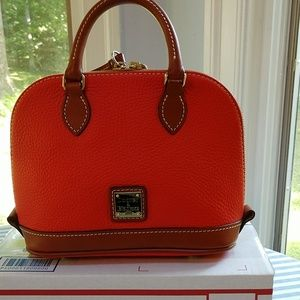 Dooney & Bourke leather bitsy bag